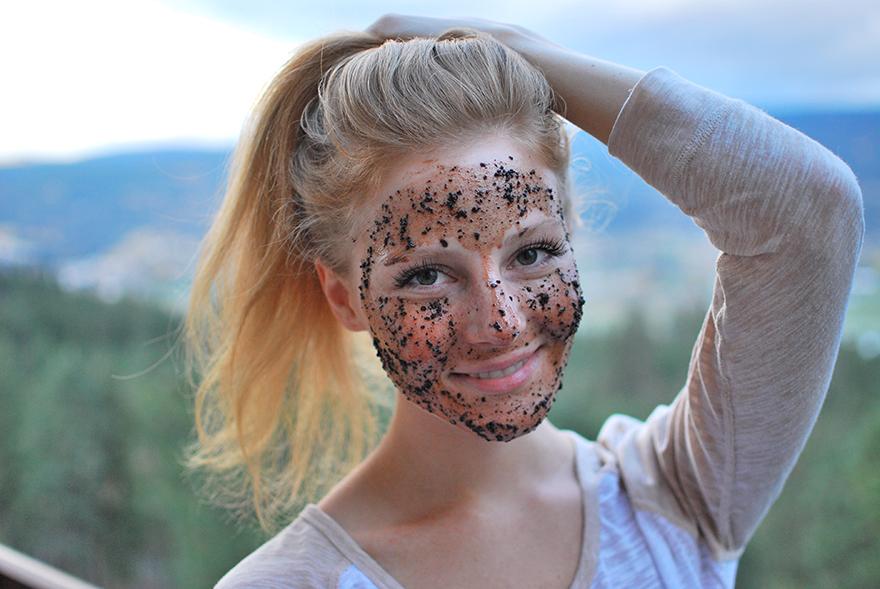 Coffee-Facial